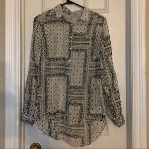 ✨ 3 FOR $15 ✨ Stradivarius Patterned Button Down
